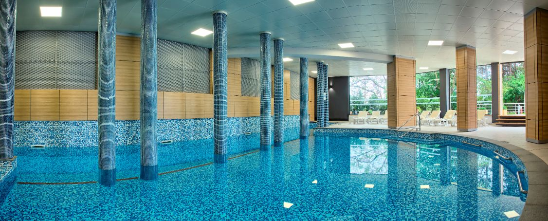 Indoor PoolPanorama 7
